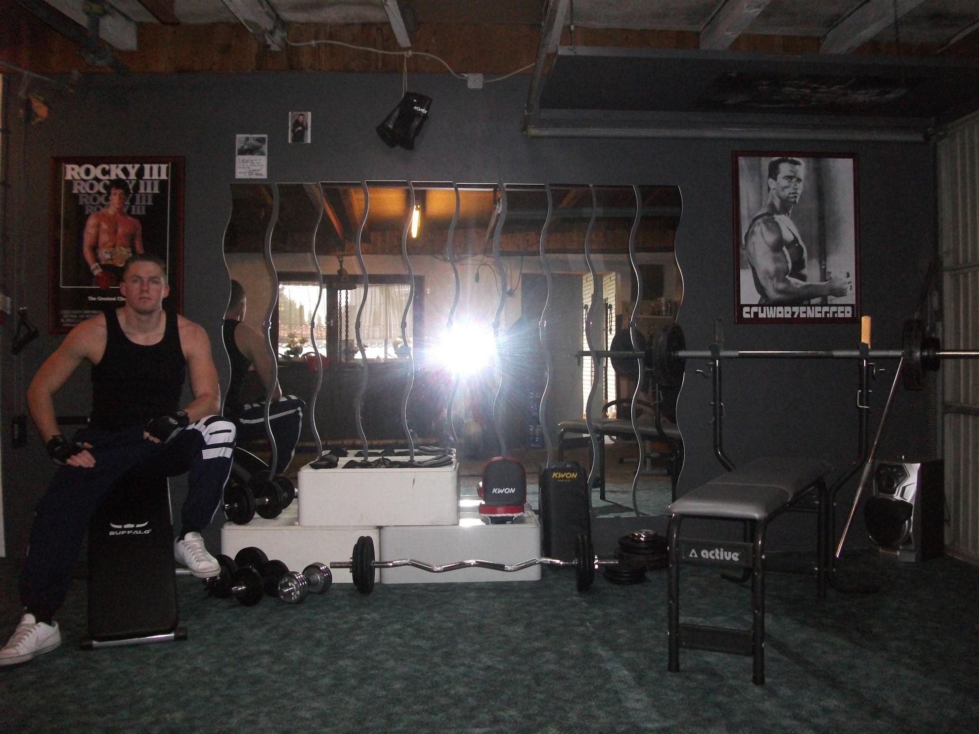 Hier Trainiert Deutschland Teil 1 Flavio Simonettide Jetz Iron Gym Hartes Training
