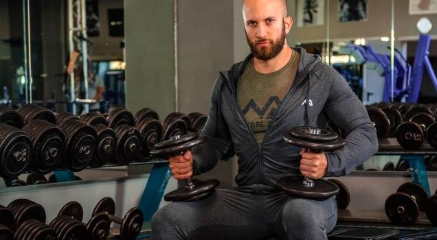 Die ersten 3 Schritte zum Muskelaufbau!